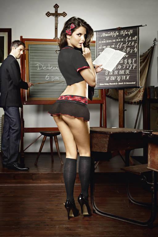 школьницы в мини-юбках картинки